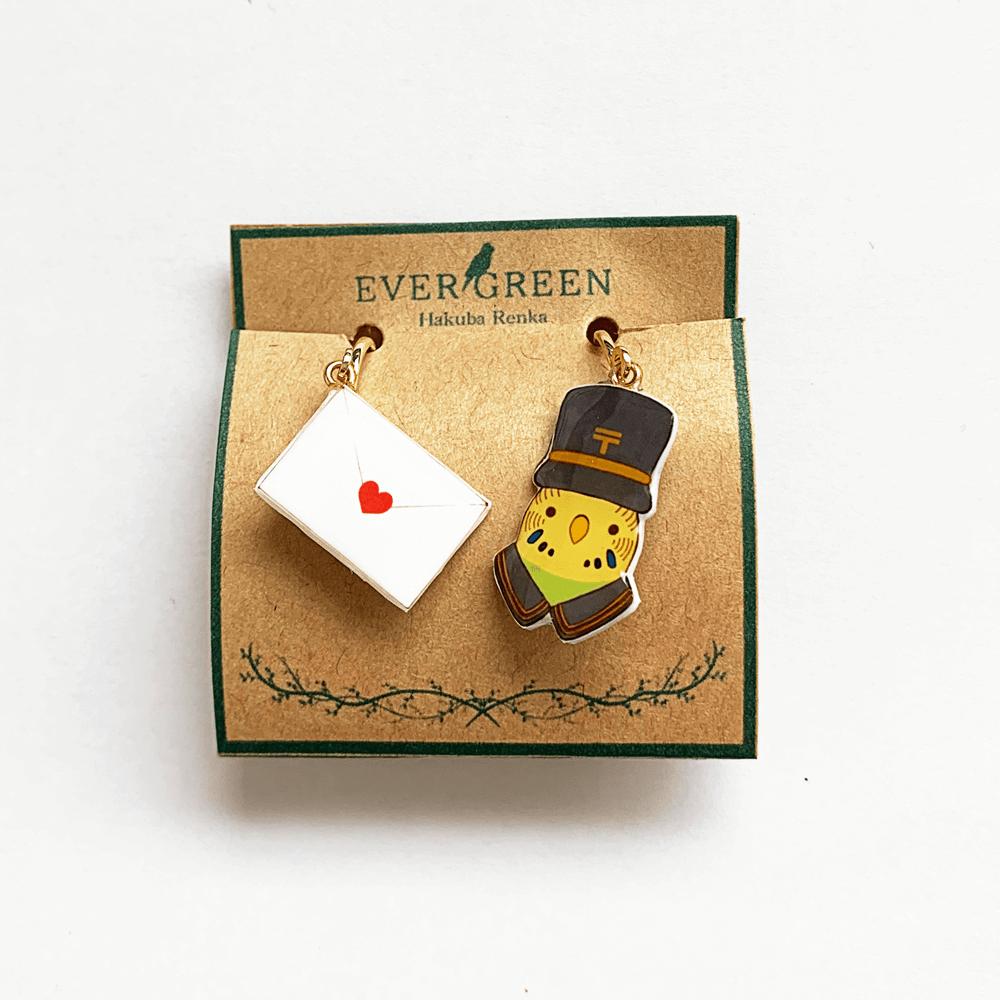 イヤリング(郵便屋さん / セキセイインコ ノーマル緑 / 白羽蓮華)