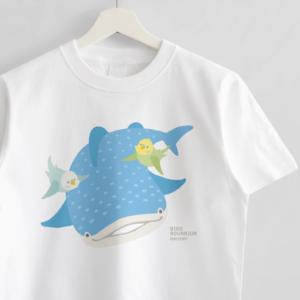 ジンベエザメとセキセイインコTシャツ